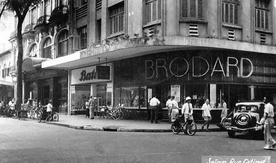 La rue Catinat Velosolex Saigon
